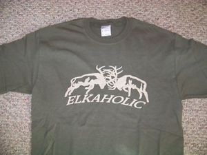 ELKAHOLIC FIGHTING ELK Funny Humorous deer hunting call blind cotton T shirt